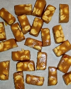 Caramels w/ Dry Roasted Peanuts